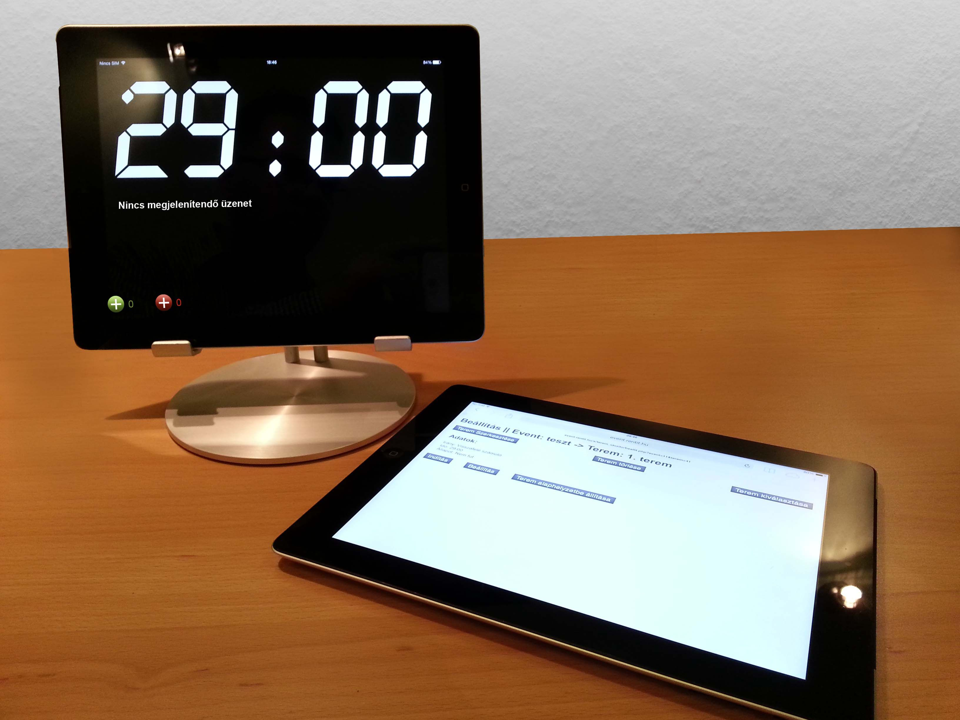 iPad timer for events with audience feedback feature